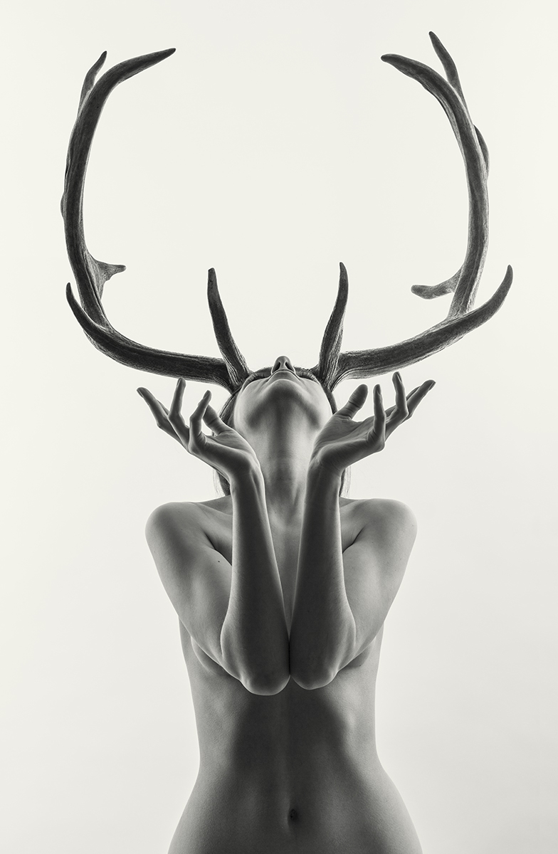 BLUE8854-nude-girl-with-antlers-1
