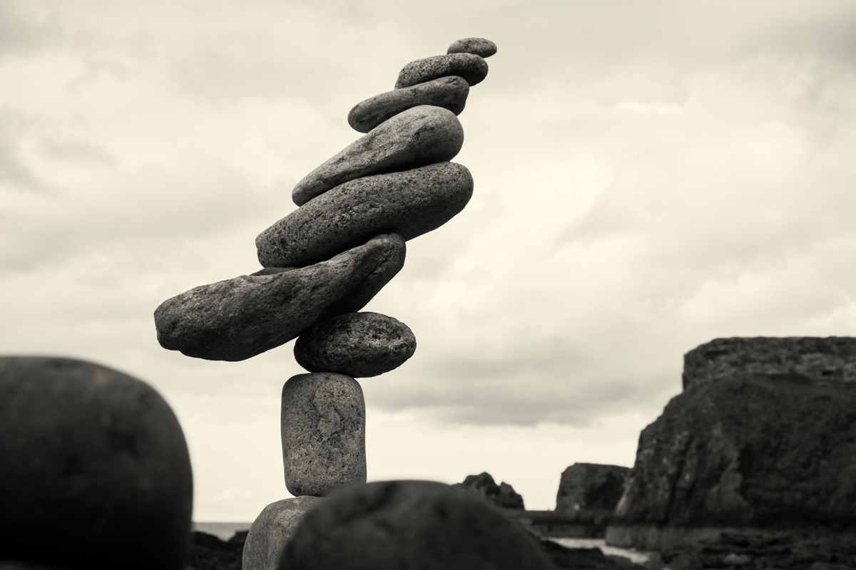 Pedro Duran stone stacking